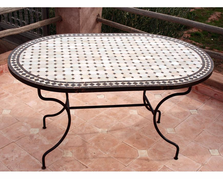 tables en zellige ovales. Black Bedroom Furniture Sets. Home Design Ideas
