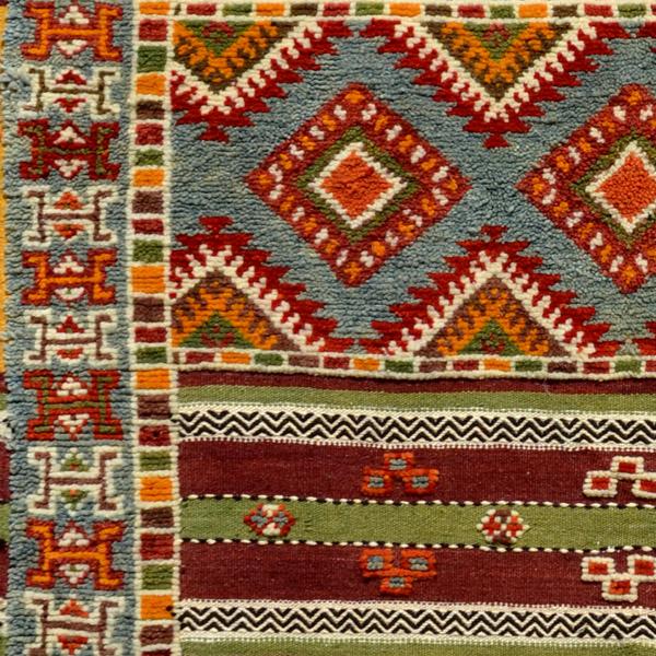 tapis berb re marocain. Black Bedroom Furniture Sets. Home Design Ideas